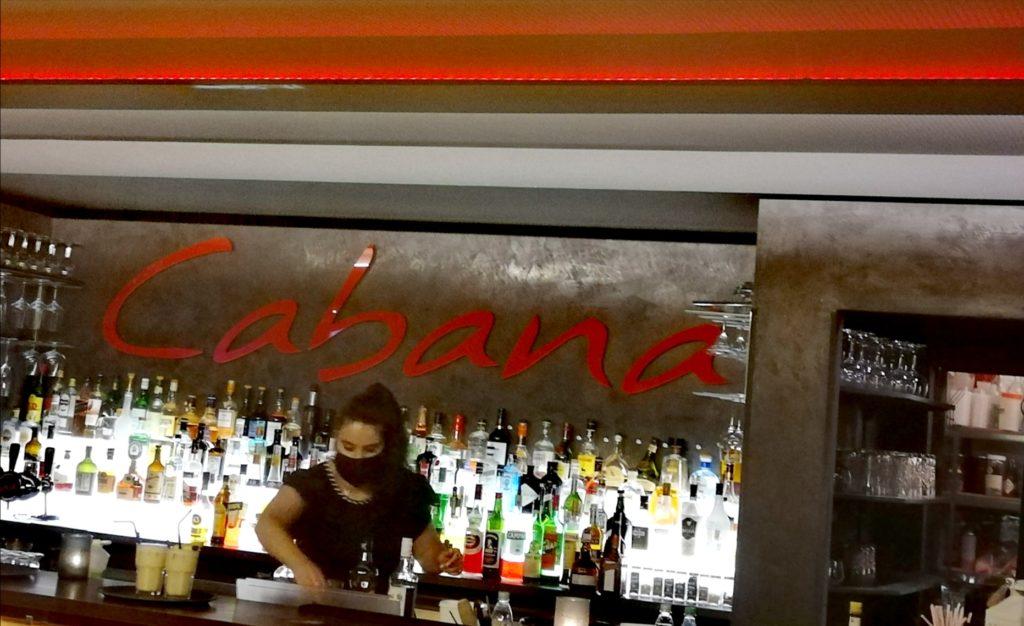 Le Cabana bar