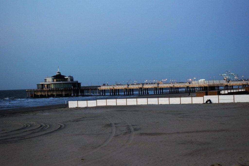 Le Pier et Zeebruges au loin