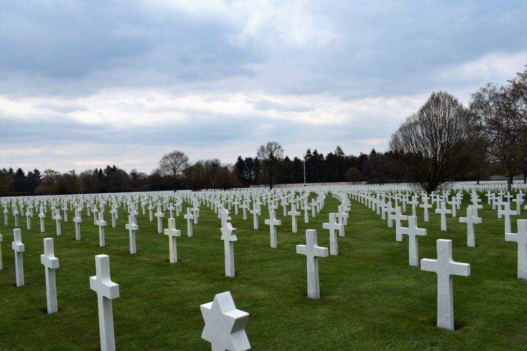 Le cimetière Henri Chapelle